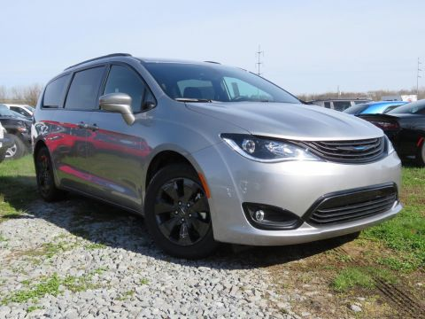 New 2019 CHRYSLER Pacifica Hybrid Hybrid Limited